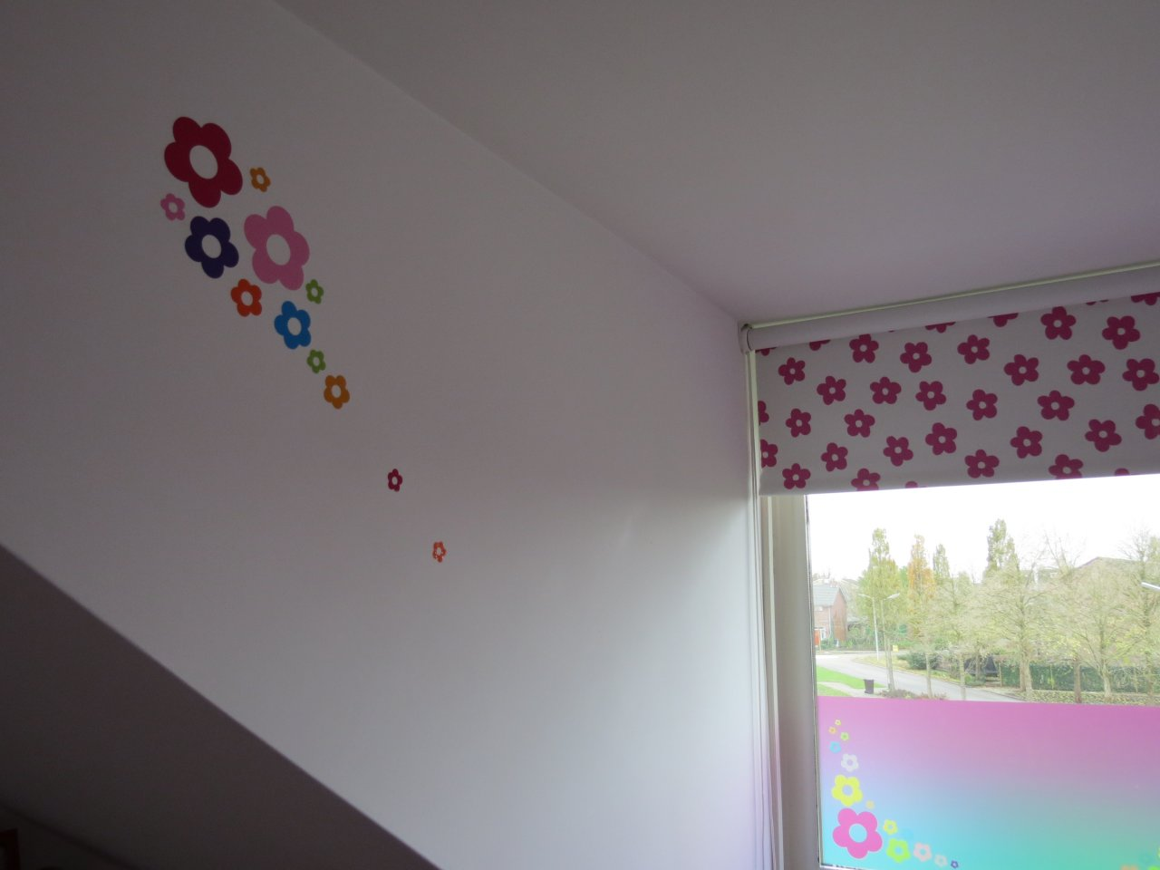 Kinderkamer Colors : kinderkamer6-full-color-folie-print-muursticker8 ...